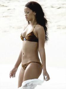 Rihanna adult images