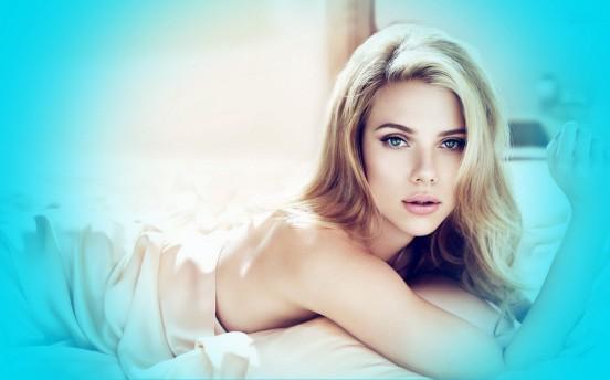 Sinful hollywood babe Scarlett
