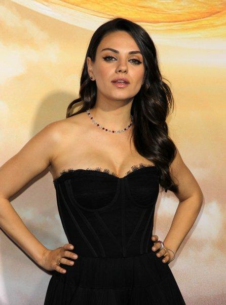 Mila Kunis hot pics