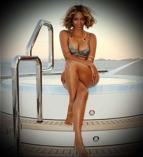 Hollywood Comics porn of Beyonce