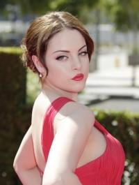Celeb brunette porn - Elizabeth Gillies porn Famous Comics