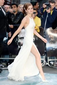 emma-watson-ralph-lauren-dress2