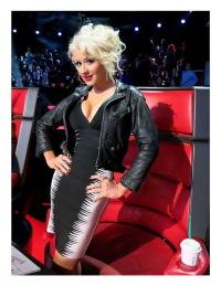 Naughty show of Christina Aguilera4